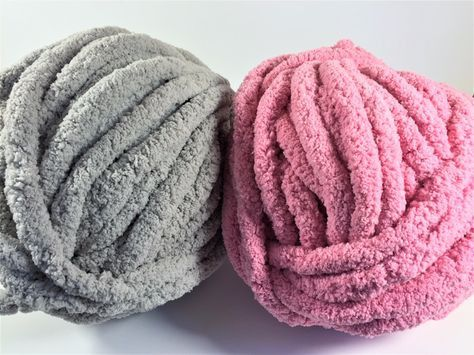 Loops and Threads Free Spirit Yarn | knitting | Chunky yarn