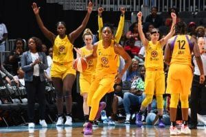 Sparks Sign Karlie Samuelson Los Angeles Sparks All Star Kayla Mcbride Coach Team