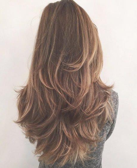 Lange Haare Stufenschnitt Hinten Frisuren Pinterest Frauen Haare Stufenschnitt Lange Haare Dicke Lange Haare Frisuren Lange Haare Stufen