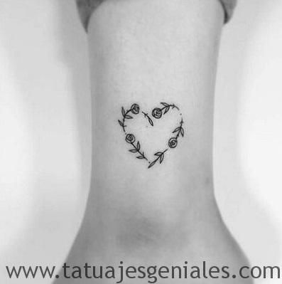 Tatuajes Corazones Rosas 4 Tatuajes De Hijas Tatuaje Hombre Muneca Tatuajes De Muneca Pequenos