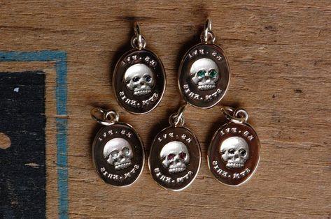 Es Fui 10k Gemstone Eye Skull Pendant Victorian Memento Mori Pendant With Gemstones Skull Pendant Sterling Silver Pendants Gemstones