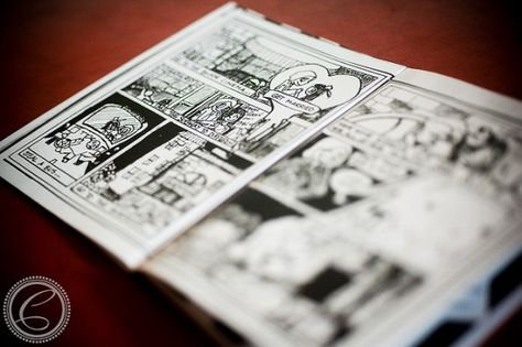 Zombie comic book wedding programs - what an adorable, but slightly dark idea for your day of romance.