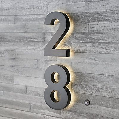 Taymor Backlit Led 6 Inch Black Metal House Number With Floating Effect The Home Depot Canada Illuminated House Numbers Led House Numbers Metal House Numbers