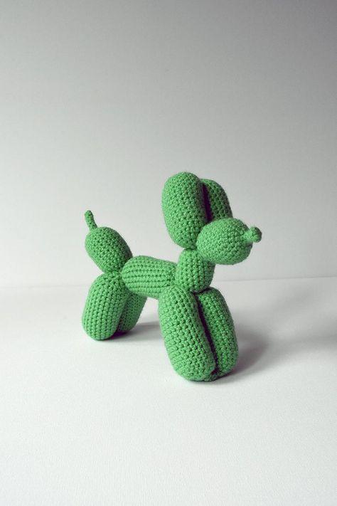 Dog Crochet, Crochet Patterns Amigurumi, Crochet Dolls, Red Heart Crochet Patterns, Easy Crochet Animals, Crochet Fish, Crochet Humor, Free Crochet, Balloon Dog