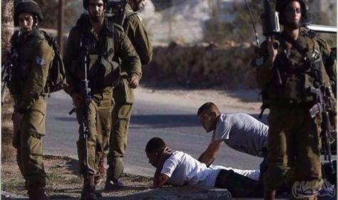 الاحتلال الإسرائيلي يشن حملة اعتقالات وتفتيش ومداهمات في الضفة الغربية