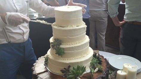 One of the advantages to renting a fake wedding cake - it will never ...