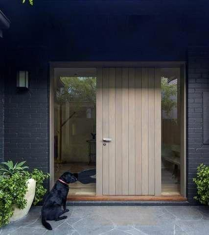 This Amazing Roller Garage Doors Is An Extremely Inspirational And Really Good Idea Rollergaragedoors In 2020 House Entrance House Front Door House With Porch
