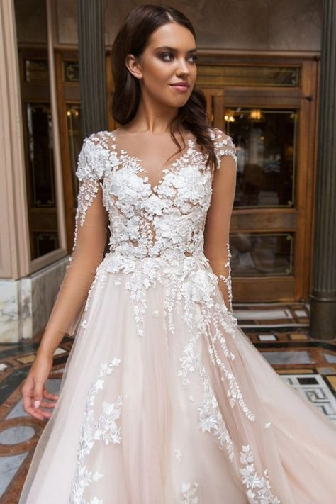 2019 Wedding Dresses Scoop Long Sleeves Tulle With Applique Chapel