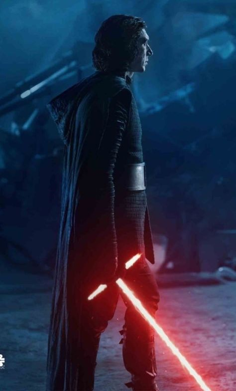 Log in - Star Wars Men - Ideas of Star Wars Men - Kylo Ren looks utterly amazing here with his famous lightsaber. This still is from The Rise of Skywalker Star Wars episode ix. Reylo, Sith, Images Star Wars, Star Wars Pictures, Star Wars Kylo Ren, Star Trek, Adam Driver, Star Citizen, Star Wars Cute