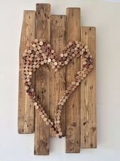 Wall hanging with pallets and cork Cork projects | Pinterest | Wine corks ... ...  #corks #hanging #pallets #pinterest #projects