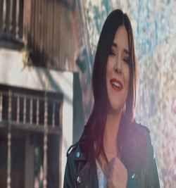 Tugce Kandemir Kalbi Uzaklarda Bir Adam Var Album Sarkilari Remix Mp3 Indir Sarkilar Sarkici Insan