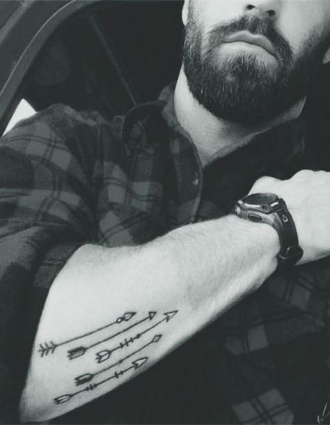 40 kleine Tattoo-Designs für Männer mit tiefen Bedeutungen,  #Bedeutungen #für #kleine #Klein...