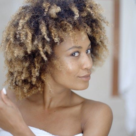 How To Detangle Extremely Matted Hair With Apple Cider Vinegar Recipe Apple Cider Vinegar For Hair Diy Hair Detangler Vinegar For Hair