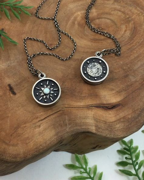 Here's a peek at my new Mini Swivel Lockets! They are the size of a dime and just too cute!