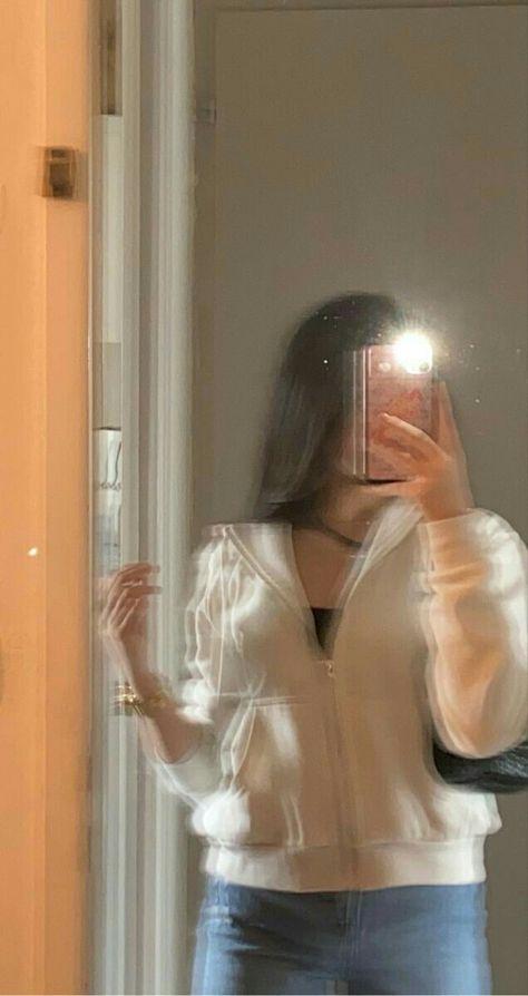 Girl pics selfie ⭐ YOLO Selfie