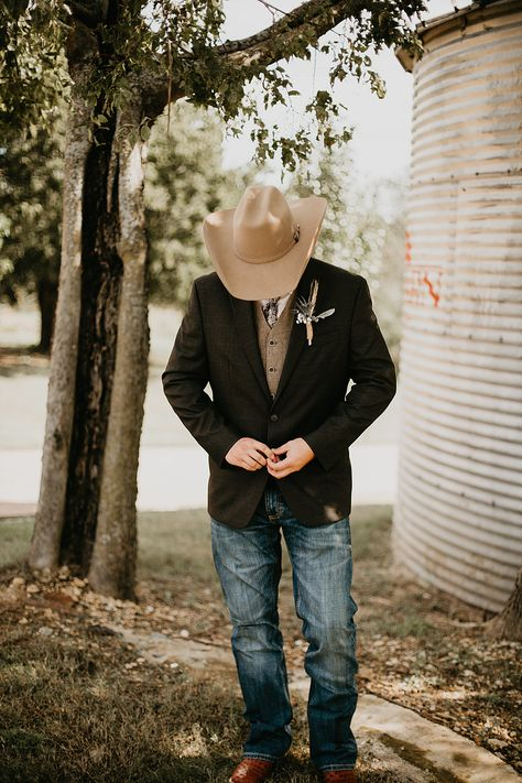 Country Groom Outfit Groom was in a cowboy hat, starched jeans, and his cowboy hat. the perfect outfit for a country groom! Rustic chic barn wedding in Aubrey Texas at Red barn events Cowboy Wedding Attire, Country Groom Attire, Country Wedding Groomsmen, Jeans Wedding, Country Wedding Photos, Country Wedding Dresses, Wedding Men, Wedding Suits, Wedding Ideas