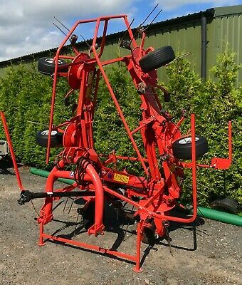 Ad Kuhn Gf5902 Hay Grass Tedder Rake 6 Rotary Tractor Mounted 3 Point Linkage Straw In 2020 Classic Tractor