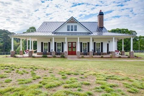 Custom build farmhouse  669 Wilbanks Rd, Winder, GA, 30680 - MLS# 7623235