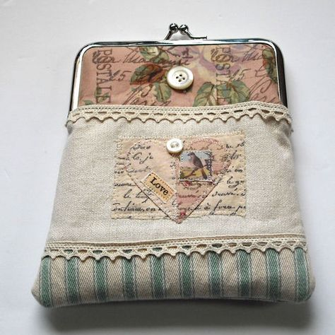 crafts with vintage linens lace and buttons | Handmade Clutch Purse | Craft Juice
