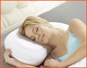 Best Pillows For Side Sleepers In 2020 Reviews And Buyer S Guide Side Sleeper Pillow Side Sleeper Best Pillow