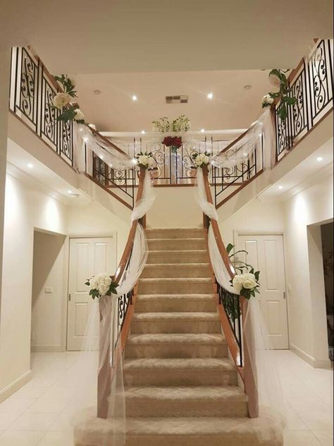 1000 Ideas About Wedding Staircase On Pinterest Wedding