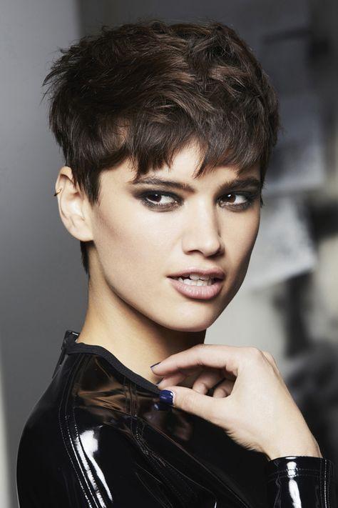 Les Plus Jolies Coiffures Quand On A Les Cheveux Courts Coupe De Cheveux Coupe De Cheveux Courte Cheveux Courts