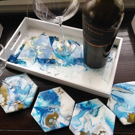 Blue and copper hand-painted and resin coated tray with matching coasters - Anker - The wooden tray and 4 ceramic tiles are hand painted with shades of blue and metallic copper acryli -