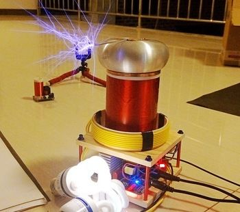 Beautiful Sparks Producing Tesla Coil Make It Yours Why Are You Waitin Tesla Coil Tesla Coil