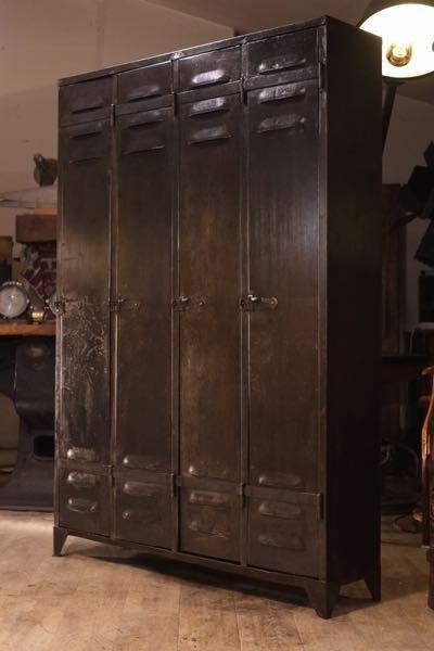 Renaud Jaylac Brocantes Antiquites Industrielles Meuble De Metier D Atelier Meuble De Metier Mobilier De Salon Meubles Industriels