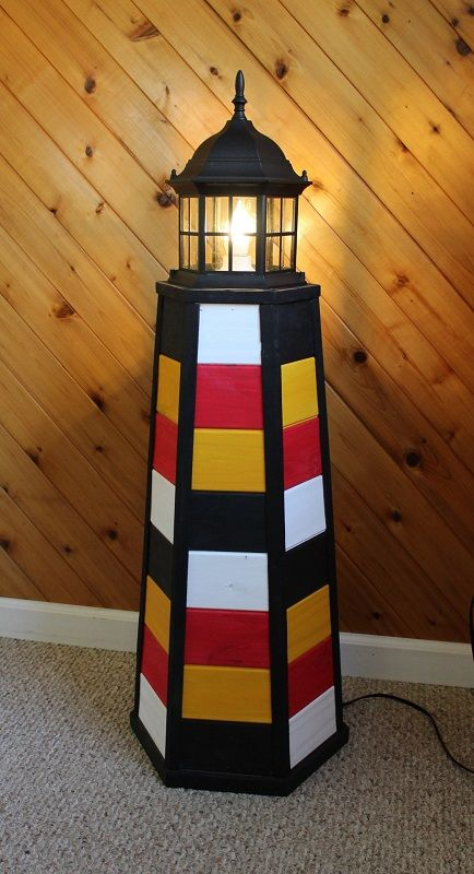 This Is A Lighthouse Lamp I Recently Designed Using The Popular Maryland Flag Colors Each Panel Is Wash Painted By Hand Lighthouse Lamp Maryland Flag Art Lamp