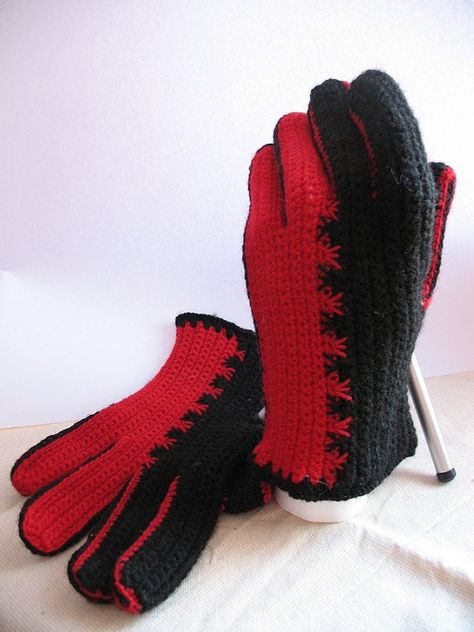 Crochet Wool Gloves in Black and Red Embroidery