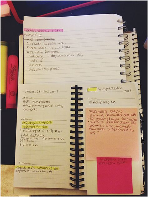 Planner tips to help you stay organized in college
