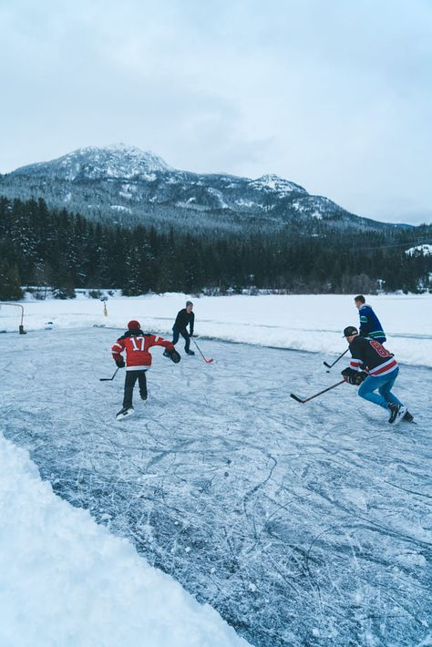 Ice Hockey - Pinned by Mak Khalaf A group of friends playing hockey on a frozen lake in Whistler BC. Sport canadalakeforestwintercoldbluesnowfriendssporthockeyicegroupice hockeywhistler by MichaelOverbeck Hockey Girlfriend, Hockey Mom, Field Hockey, Hockey Games, Hockey Players, Ice Hockey Teams, Montreal Canadiens, Hockey Pictures, Senior Pictures