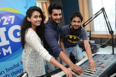 Operation Gold Fish Team Aadhi Saikumar And Nithya Naresh At 92.7 Big FM HD Gallery