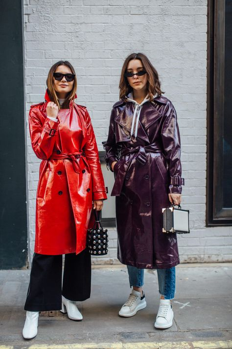 All-Red Outfits Are a Street Style Favorite at London Fashion Week All-Red Outfits – Favorite Street Style at London Fashion Week – Fashionista