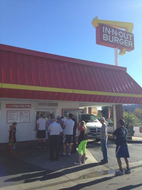 In-N-Out Burger...the boundary line between  Tujunga and La Crescenta.