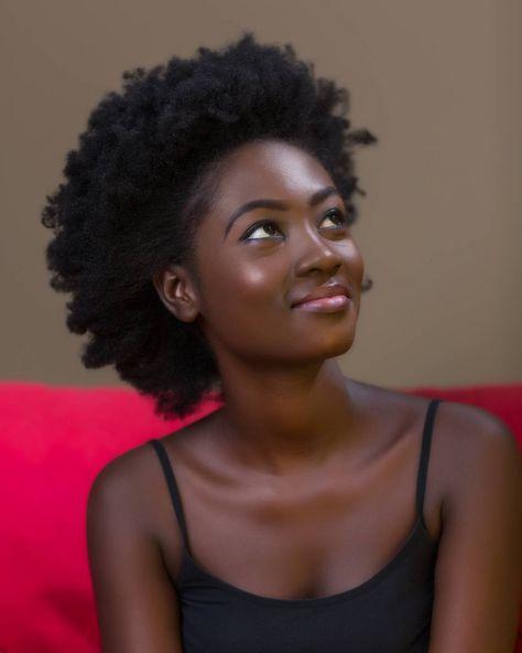 - Adjoa Kessewaa(@kessewaa_xo) :@steve.ababio MUA: @afroface.mua ||The Beauty Of Natural Hair Board