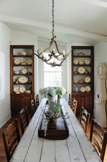 Very Long Dining Room Table And Two China Hutches At The End Of Make This Simple Mother Daughter Design Team Based In New Orleans Shreveport