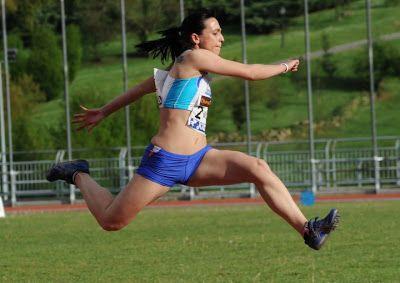 Atletismo Y Algo Más 6784 Patricia Sarrapio Martín 14 10 Está Lesion Atletismo Cuerpo Humano Cuerpo