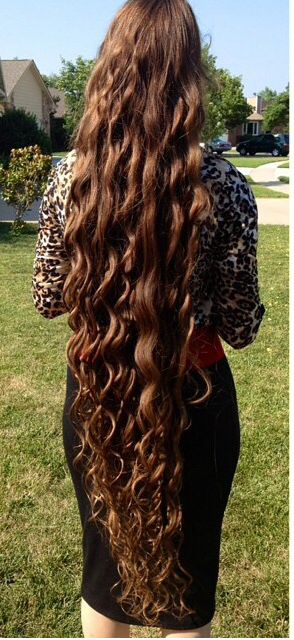Love Her Long Wavy Hair So Beautiful!