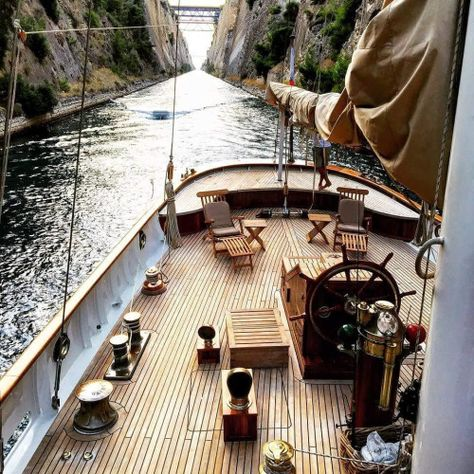 This is the deck of an explorer yacht. The craft in mind isn't an explorer yacht, but the space on the deck has been used very well. It has everything the yacht needs, but doesn't clutter the deck. Yacht Design, Yachting Club, Places To Travel, Places To Go, Corinth Canal, Nature Landscape, Sail Away, Salt And Water, Wooden Boats
