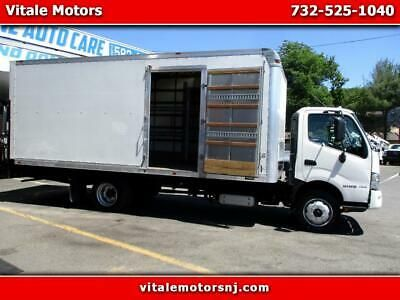 Details About 2017 Hino 195 2o Foot Box Truck Liftgate Side Door In 2020 Side Door Work Trucks For Sale Trucks