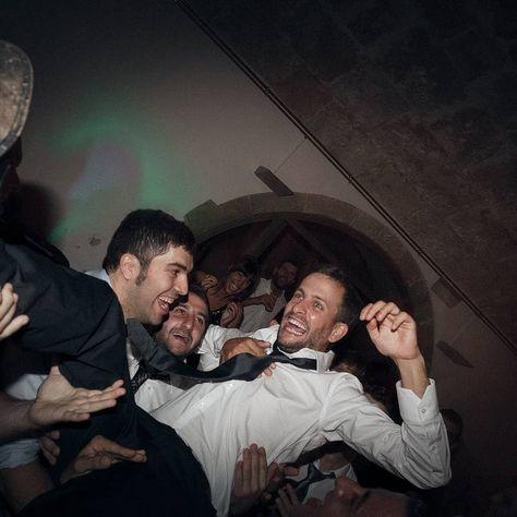 . The flying groom . Pic By @sebastiapagarolas from @laresistenciaweddings #laresistenciaweddings #laresistencia #somoslaresistencia . #boda#wedding#jump#casament#Jorba#Anoia#Igualada#MolíBlancHotel#fineart#groom#panic#bodabarcelona#weddingphotographer#fineartphotography#fotografodebodas#weddingphotography#nofilter#lessismore#naturalisbetter#ilovemyjob . @moliblanchotel