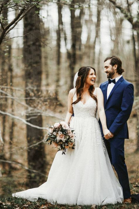 Spring woodsy wedding photos of the bride and groo at Rock Island Lake Club | Photographer: Twisted Oak Associates