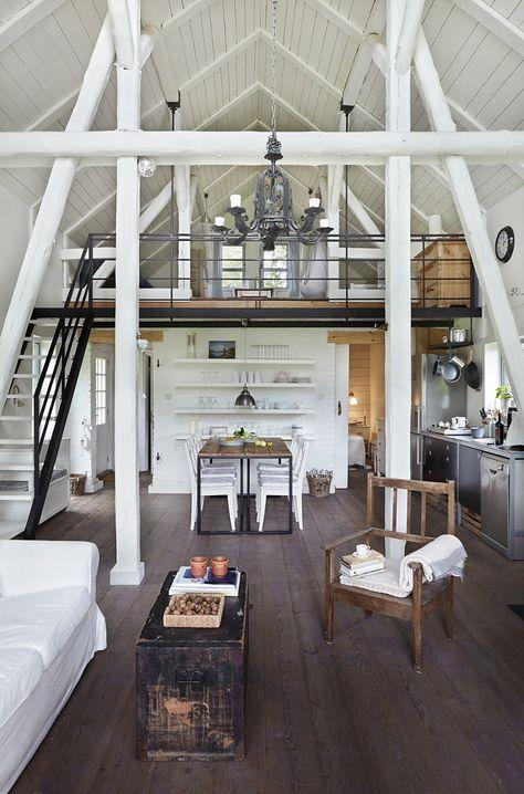 Ein großes, helles Wohnzimmer im Blockhaus Mehr Angabe auf www - großes bild wohnzimmer