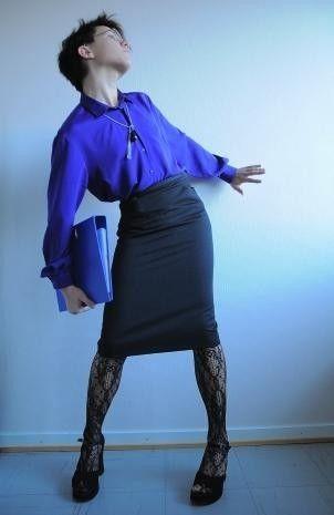 Crossdressing in black fashion tights