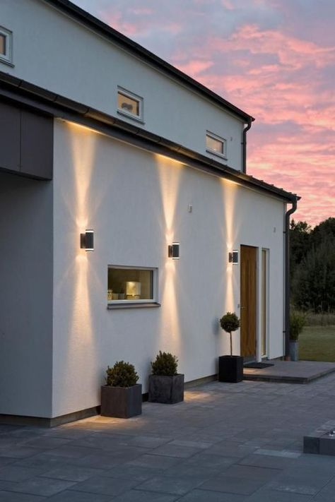 7 Ways To Make Your Home More Attractive With Lighting Exterior House Lights Modern Exterior Lighting Exterior Lighting