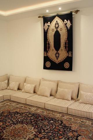 ارقى الموديلات لصلونات عربية فخمة صالونات ارضية رائعة و انيقة مستوحات من ديكور صالونا Floor Seating Living Room Living Room Wall Designs Moroccan Home Decor