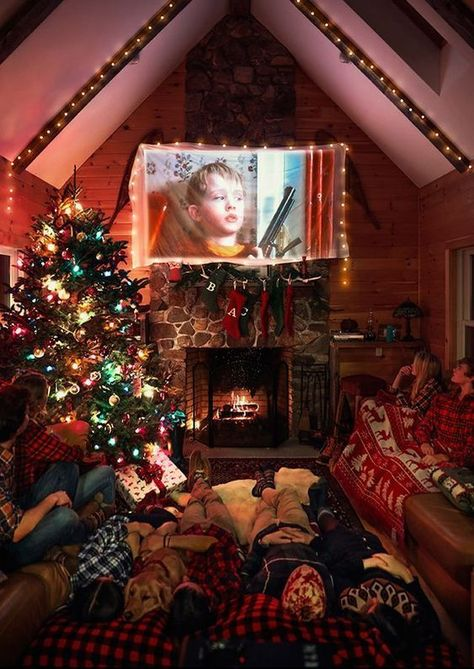 Christmas Aesthetic - Cozy Lights Disney Vintage Christmas Wallpaper Ideas Looking for inspiration and great mood with Christmas aesthetic ideas? Save my collection of these Christmas lights aesthetic, wallpaper and sweater ideas. Decoration Christmas, Noel Christmas, Little Christmas, Christmas Movies, Winter Christmas, All Things Christmas, Christmas Ideas, Holiday Movie, Christmas Room Decorations