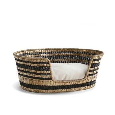 Lamai Woven Pet Bed Frontgate Basket Dog Bed Dog Beds Uk Pet Bed